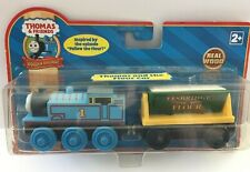 THOMAS & THE FLOUR CAR Thomas & Friends WOODEN Railway NEW WOOD Train