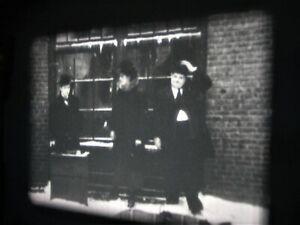 SUPER-8-FILM LAUREL & HARDY DICK + DOOF ALS STRASSENMUSIKANTEN TON BELOW ZERO
