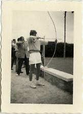 PHOTO ANCIENNE - VINTAGE SNAPSHOT - SPORT TIR À L'ARC LOISIRS - ARCHERY 1953 2