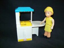 Vintage Little Tikes dollhouse furniture doll house kitchen with Mom lot