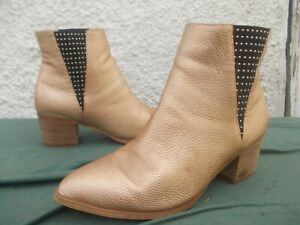 WALNUT ROSE GOLD FAUX LEATHER & STUDDED PULL ON ANKLE BOOTS-SZ 37/6.5 VGC
