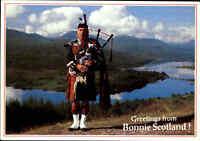 Greetings from Bonnie Scotland, Schottland, Pipes, Dudelsack-Spieler, Postcard