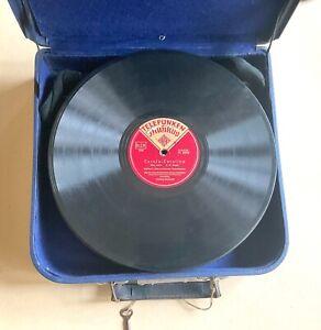 Konvolut von 25 Schellack/Grammophonplatten im Koffer