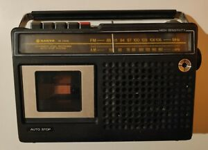 Vintage Sanyo M2406 Radio Cassette player in working condition