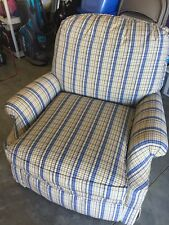 Lazy Boy TYPE couch chair