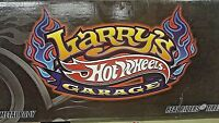 HOT WHEELS LARRY'S GARAGE 21 CARSET SIGNED CHASE CARS WITH METAL BODIES & R/R