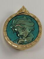 Disney Pin Trading DSSH Studio Store Hollywood Elsa Frozen Portrait LE500 Pin