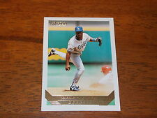 BASEBALL CARD 1993 TOPPS GOLD ERIC YOUNG #145