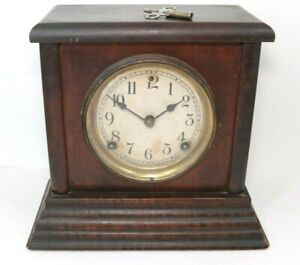 Antique Vintage Sessions 8 Day Half Hour Chime Mantel Clock Running Keeps Time