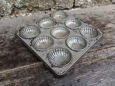More details for vintage c1950's  baking bun cake tin - makes 9 - shell motiffs