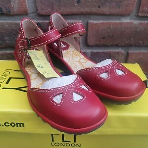 Fly London Ladies Yuna Leather Platform Buckle Sandals Lipstick Red Size 2 UK