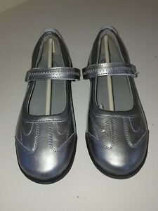 Stride Rite Blair Pewter silver Mary Jane Claire school uniform Girl's size 4