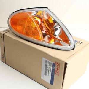 Genuine Hyundai Corner Lamp (RH) for 2000-2001 Tiburon 92302-27550