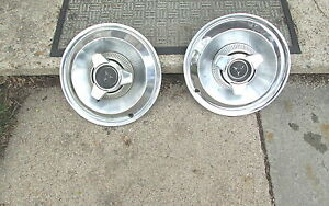 """1965 Dodge Coronet 14"""" Hubcaps Hub Cap Spinner Wheel Cover Very Good Condition"""