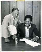 Oj Simpson PSA DNA Coa Hand Signed Vintage 1970 8x10 Photo Autograph