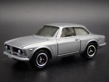 1965-1969 ALFA ROMEO GIULIA SPRINT GTA RARE 1:64 SCALE DIORAMA DIECAST MODEL CAR