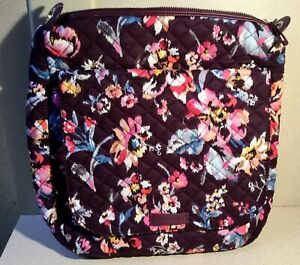 Vera Bradley Carson Mailbag in INDIANA ROSE - So Pretty