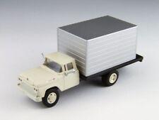 Ho Scale Box Truck vehicle - White
