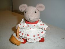 "Vintage Russ Plush Mouse with Heart Dress & Apple Basket 5.5"" long"