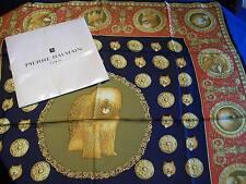 Foulard vintage, carré de soie, signé Pierre BALMAIN, dans sa poche d'origine ..