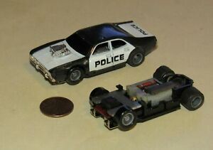 Vintage TYCO  RACE / SLOT POLICE CAR & Extra Chassis