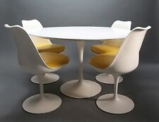 Authentic Vintage Knoll Saarinen Tulip Table & 4 Chairs MCM Mid Century Modern