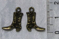 LOT 10 BRELOQUES BOTTES DE COWBOY PERLES METAL BRONZE 16x13mm sans nickel J112