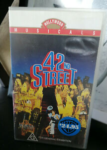 42nd Street VHS Hollywood Broadway Musical G rating Good condition