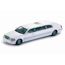 LINCOLN TOWN CAR LIMOUSINE 2003 WHITE 1:18