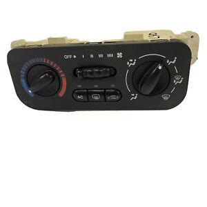 2005 Saturn L300 L200 OEM Manual AC Heater Temperature Control Switch 05 04 03