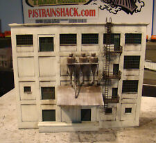 HO Scale Building Walthers Centennial Mills Background Structure Weathered