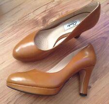 Clarks Standard Width (D) Business Shoes for Women
