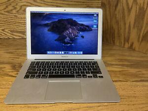 "Apple MacBook Air 13"" (256GB SSD, Intel Core i5, 1.6GHz, 4GB RAM) Silver"