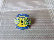 LEEDS United v YEOVIL Town 2013 / 2014 Championship Game FOOTBALL Pin Badge