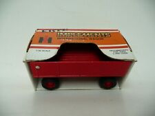 ERTL Die-Cast Implements International Harvester Wagon 1:32 Nice With Box