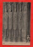 LE MANS - Estatuas el pórtico de la catedral (B6126)
