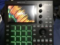 Akai Professional MPC ONE Standalone Production Center w/ Durable Hardshell Case