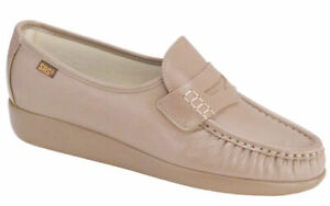 SAS Women's Classic Loafer