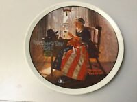 MOTHER'S DAY 1980 PLATE, WOMAN SEWING AMERICAN FLAG NORMAN ROCKWELL