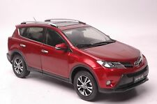 Toyota RAV4 2013 SUV model in scale 1:18 red