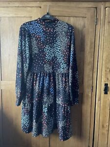 marks and spencer black floral Dress Size 12 Bnwt