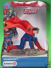 Schleich 22505 Justice League Superman, kniend Blitzversand per DHL-Paket