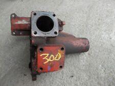 International 300 Utility Ih Tractor Non Powersteering Gear Box Housing Holder