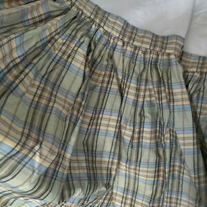 """Exquisite! Custom Made 22"""" Drop Plaid Ruffled Fully Lined Dust Ruffle Size Queen"""