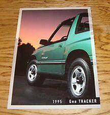 Original 1995 Geo Tracker Deluxe Sales Brochure 95