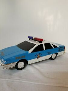 METRO POLICE UNIT 208 911 OFFICER TOY CAR WITH SIRENS AND LIGHTS  FUNRISE
