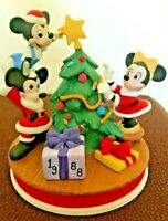 "Disney LTD Collection Christmas 1988 ""The Tree Trimming"" Mickey Mouse, Minnie"