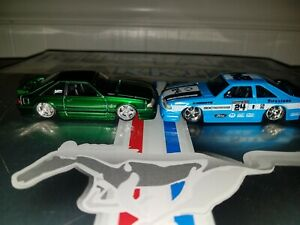 Maisto 1993 '93 Ford Mustang Cobra SVT Fox Body Green and Challenge Series Blue