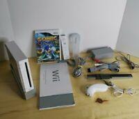 Nintendo Wii Bundle Controller, Numchuck, Sleeve, Cords & 1 Game Works .