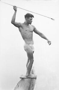 Tirage photo sur papier Baryté Homme pecheur Tahiti nu  artistique 30x40cm